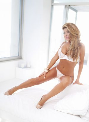 Alyette incall escort in Melrose Park